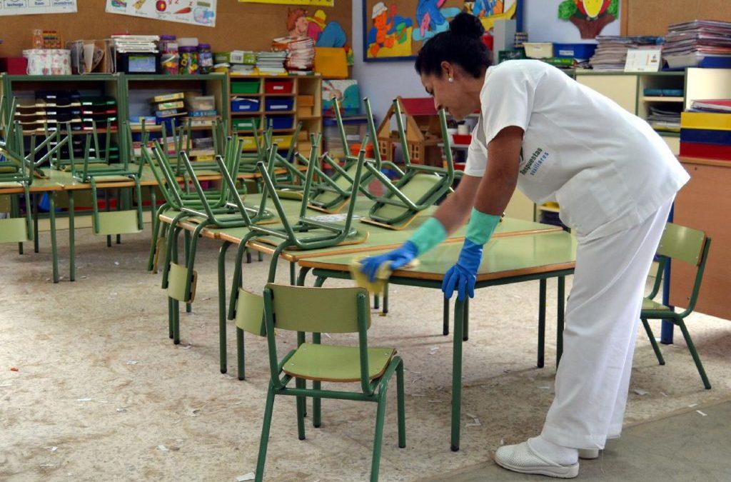Murcia saca a contratación por 9,3 M€ el servicio de limpieza de los colegios