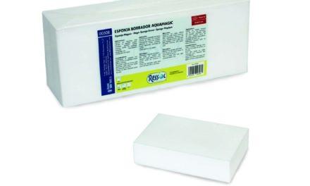 Esponja borrador Aquamagic de Ressol, elimina manchas y rozaduras en todo tipo de superficies solo con agua.