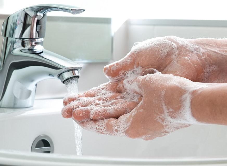 Rentokil Initial inicia una campaña para promover el lavado de manos como medida contra la grip.