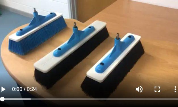 Nuevos Cepillos ligeros Vértigo con barra de enjuague empotrada y con opción de dos inyectores de agua.