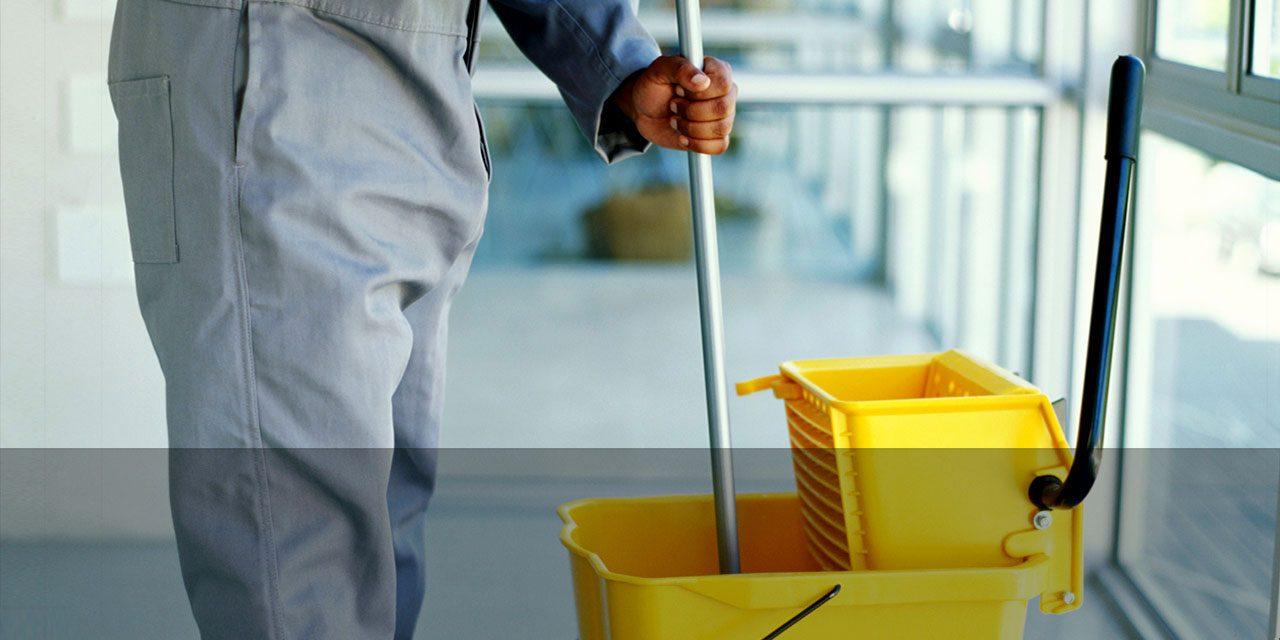 UGT exige la retirada de los ERTE de la plantilla de limpieza del aeropuerto de Barajas