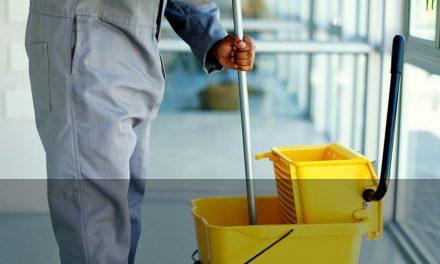 Las grandes del sector de la limpieza adelantaron hasta dos meses el dinero del ERTE ante el caos del SEPE
