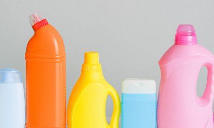 Cómo saber la caducidad de los productos de limpieza y dónde tirarlos correctamente