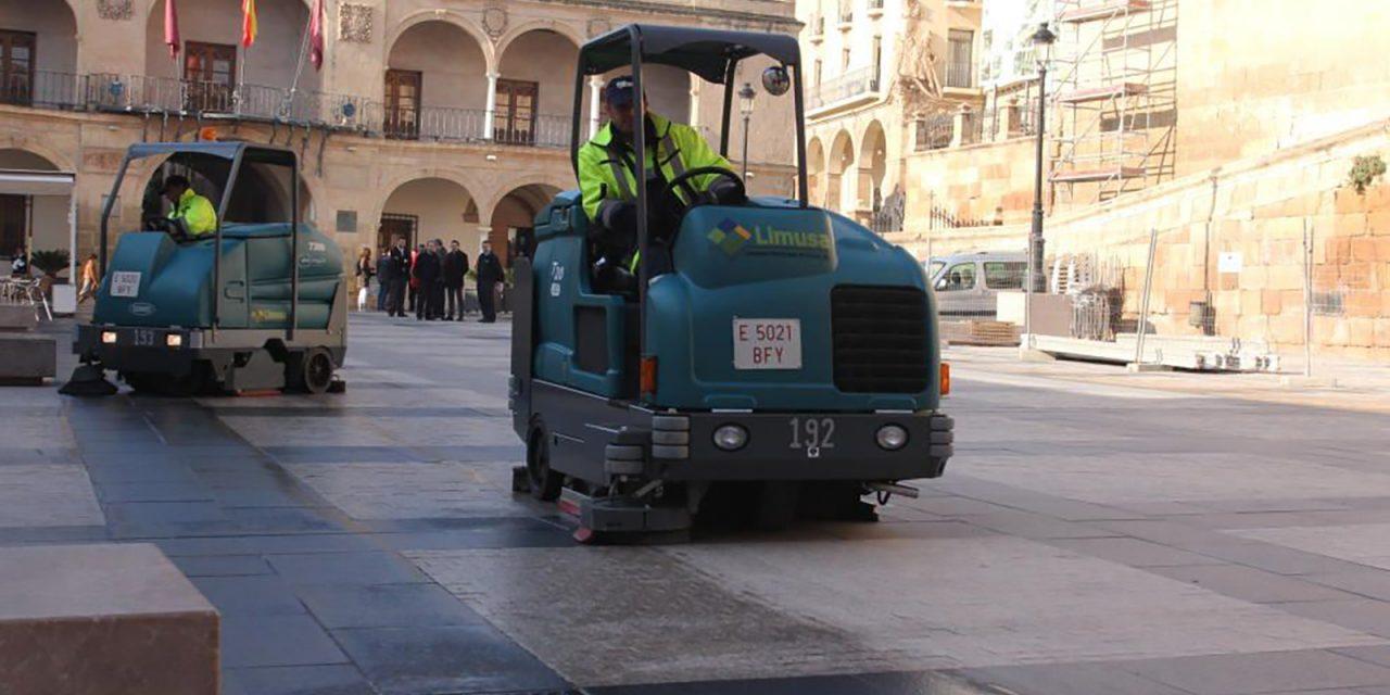 Maquinaria Tennant para una excelente limpieza viaria sin malgastar agua